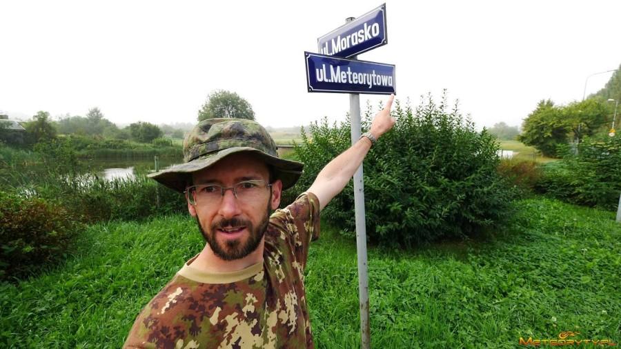 Poszukiwanie meteorytów w Morasku
